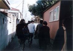 サカナクションのメンバーがインスタントカメラでレコーディング期間中に撮影した写真。