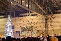 クリスマスツリー点灯式の様子。(撮影:北村勇佑)