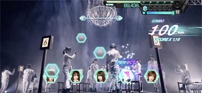 ゲーム内「欅坂46 夏の全国アリーナツアー2018」より「Student Dance」のワンシーン。