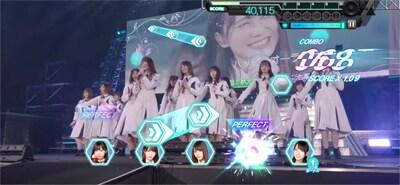 ゲーム内「日向坂46 デビューカウントダウンライブ!!」より「ハッピーオーラ」のワンシーン。