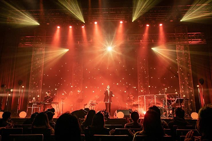 「milet special acoustic live 2021」の様子。