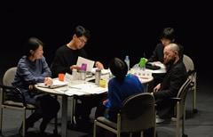 第17回AAF戯曲賞公開審査会の様子。