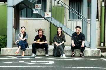左から末冨真由、森田真和、北浦愛、上村聡。