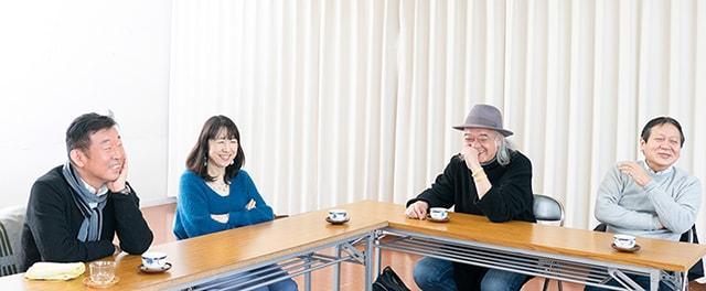 左から鄭義信、松本祐子、マキノノゾミ 、西川信廣。