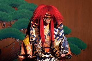 「石橋 赤黒」の赤獅子。