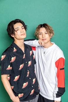 左から秋沢健太朗、反橋宗一郎。