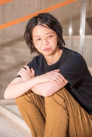 小川絵梨子