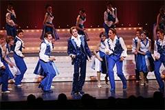 5月に大阪松竹座で上演された「春のおどり」第2部より。