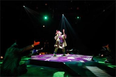 2014年上演の「ネバーランド」再演より。©少年社中