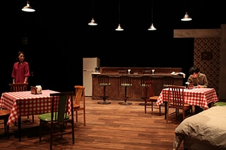 劇団た組 第18回目公演「在庫に限りはありますが」より。