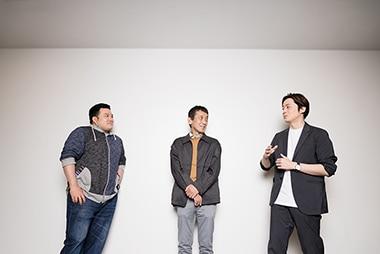 左から筒井俊作、成井豊、多田直人。