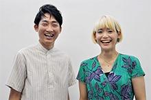 左から石田明、サリngROCK。
